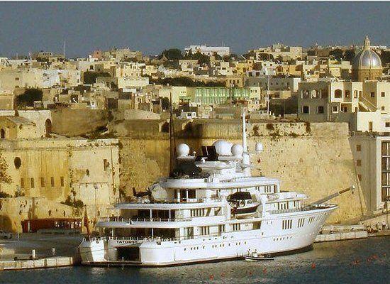 Miliardario Paul Allen vende il mega yacht tatoosh